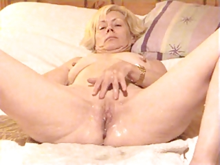 older lady squirting