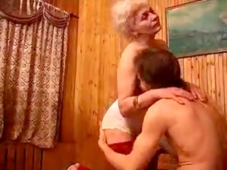 curly granny copulates her mate