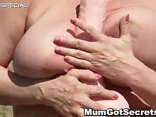 horny d like to fuck gets her unshaved muf fucked