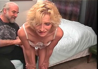slinky golden-haired d like to fuck gets a hard