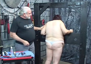 boy punishes kinky big beautiful woman in panties