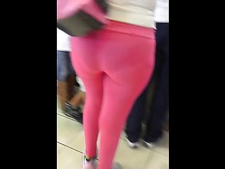 gran culo en leggins rosas - large but in pink