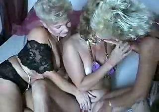 viejas lesbianas 9
