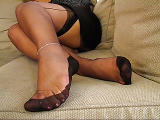 aged fully fashioned stockings feet